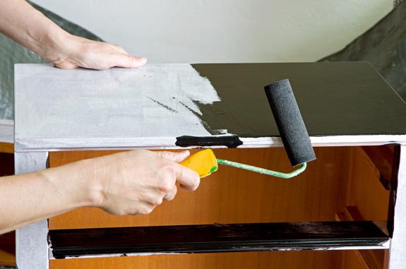 Renueva tu cocina sin obras bricopared beissier - Pintar muebles de cocina antes y despues ...
