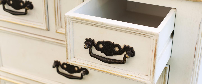 Decoraci N Geom Trica De Muebles De Madera Bricopared Beissier # Como Secar Muebles Mojados