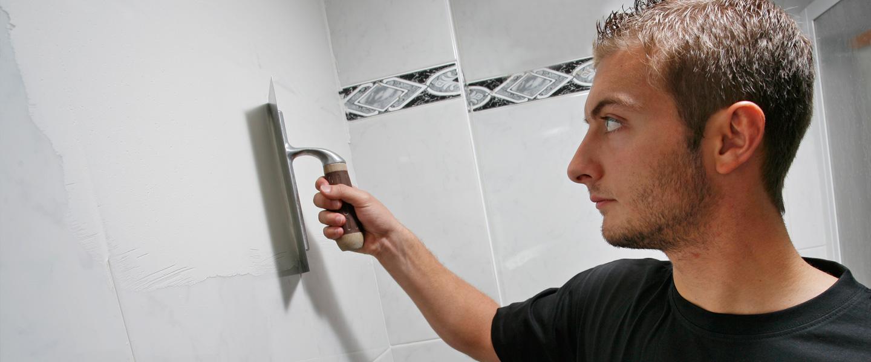 Reparar juntas desgastadas con masilla bricopared beissier - Cubrir azulejos sin obra ...