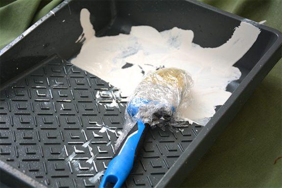 pincel envuelto en plastico