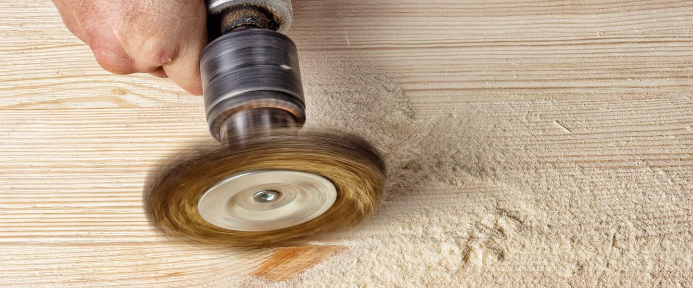 Un acabado original: Cepillado de madera al alambre