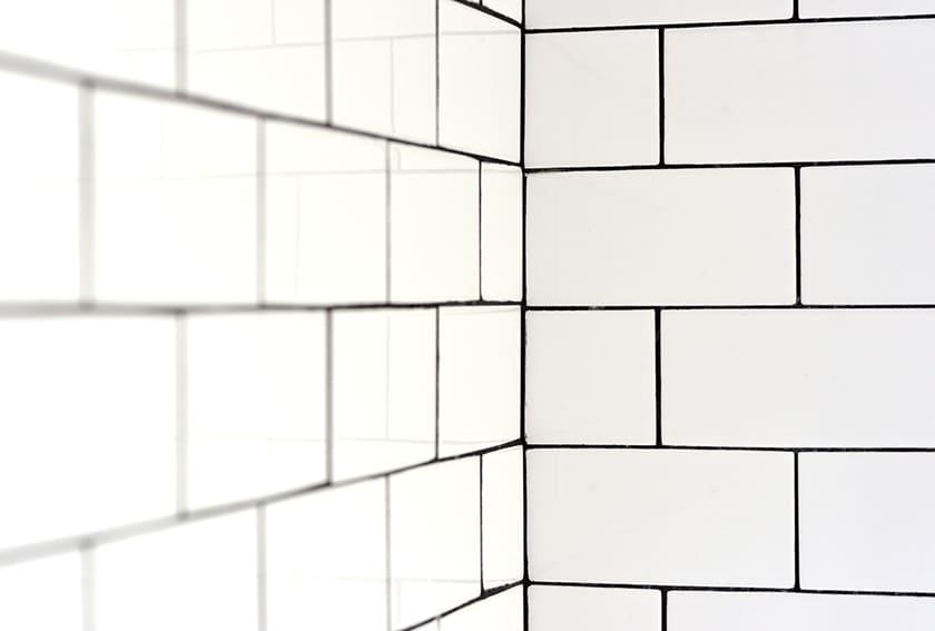 ¿Qué pintura debo aplicar en la ducha?