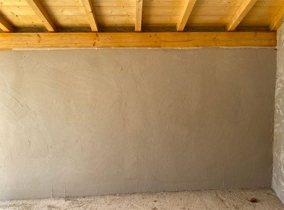 pared revocada en el garaje de jorge
