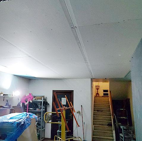 placas de yeso en un techo