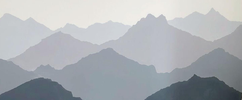 Decorar una habitación infantil con montañas